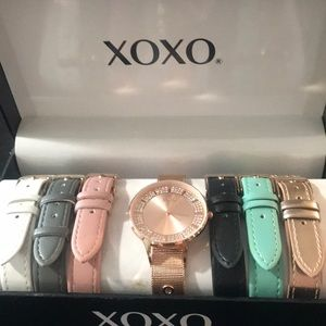 Xoxo watch with extra bands